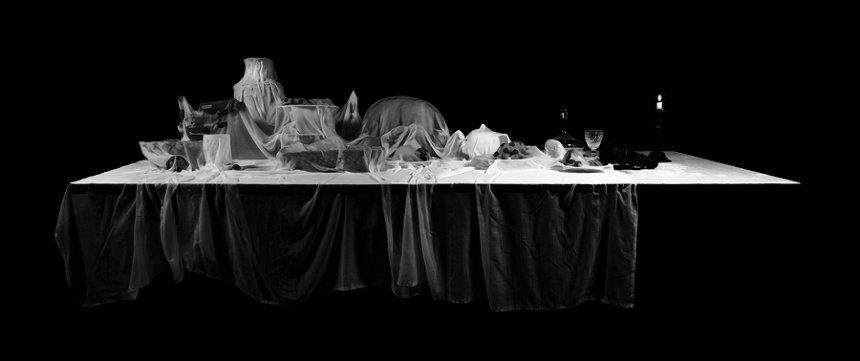 『Drape IV』 ジクレープリント 2014年 ©Mami Kosemura