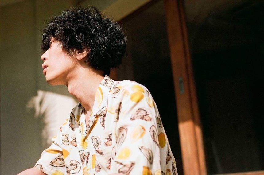 米津玄師 photo: Jiro Konami