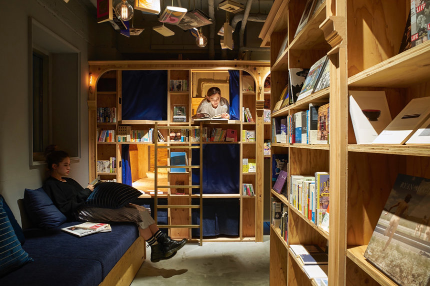 BOOK AND BED TOKYO 京都店内観 ©BOOK AND BED TOKYO 2018