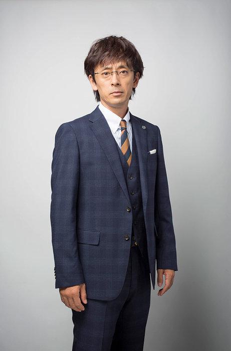 丸尾隆文役の滝藤賢一 ©テレビ東京