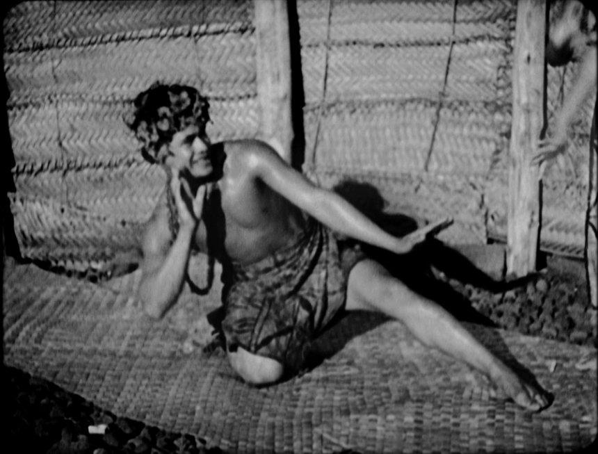 『モアナ 南海の歓喜』 ©2014 Bruce Posner-Sami van Ingen. Moana ©1980 Monica Flaherty-Sami van Ingen. Moana © ℗1926 Famous Players-Laski Corp. Renewed 1953 Paramount Pictures Corp.