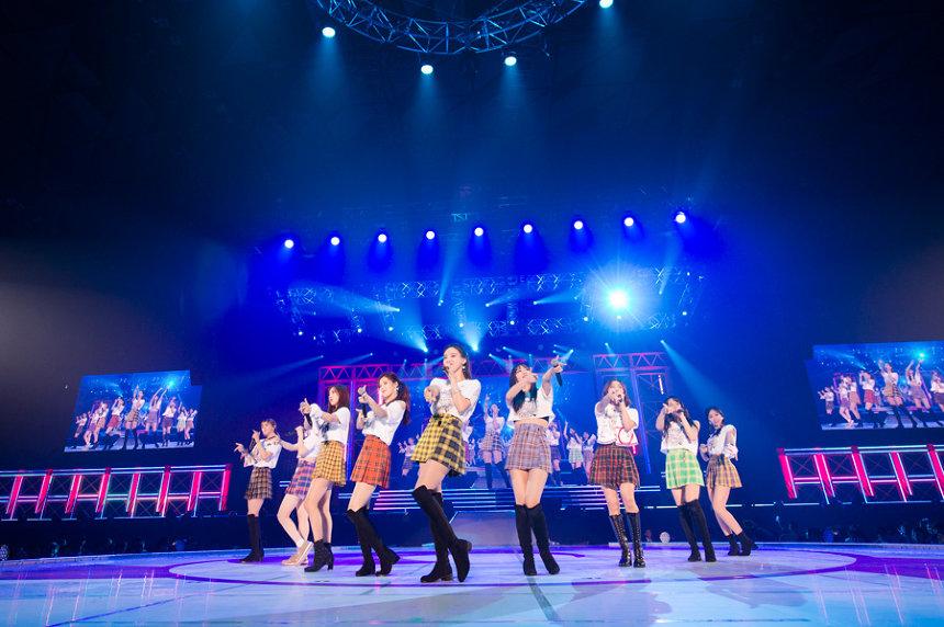 "『TWICE 1st ARENA TOUR 2018""BDZ""』の模様 撮影 田中聖太郎"