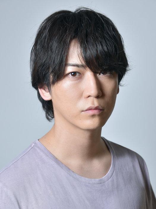 武島直貴役を演じる亀梨和也 ©テレビ東京