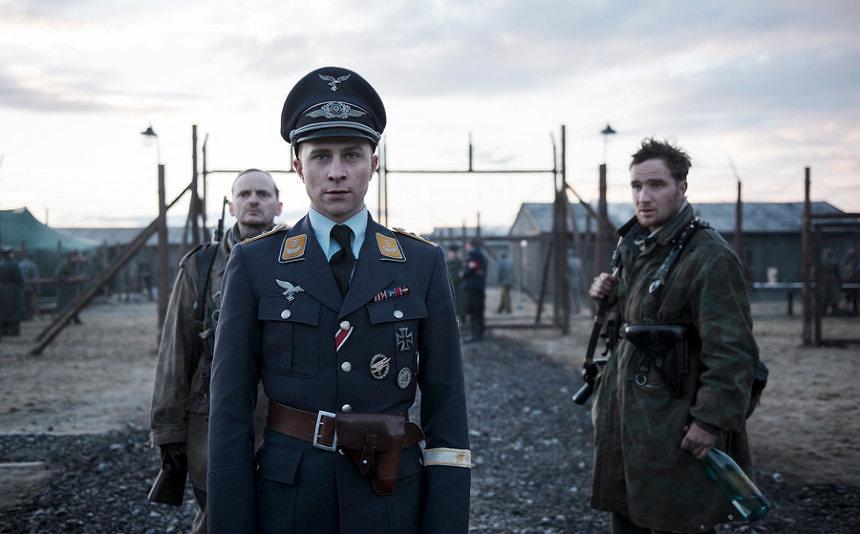 『ちいさな独裁者』 ©2017 - Filmgalerie 451, Alfama Films, Opus Film