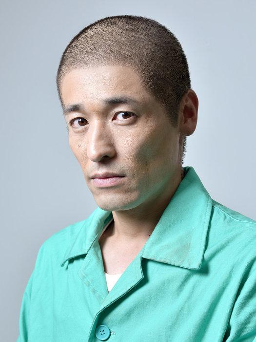 剛志役の佐藤隆太 ©テレビ東京