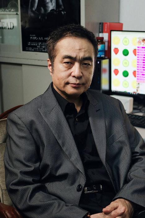 ミスジ役の松尾スズキ ©鈴木良雄・小学館/「フルーツ宅配便」製作委員会