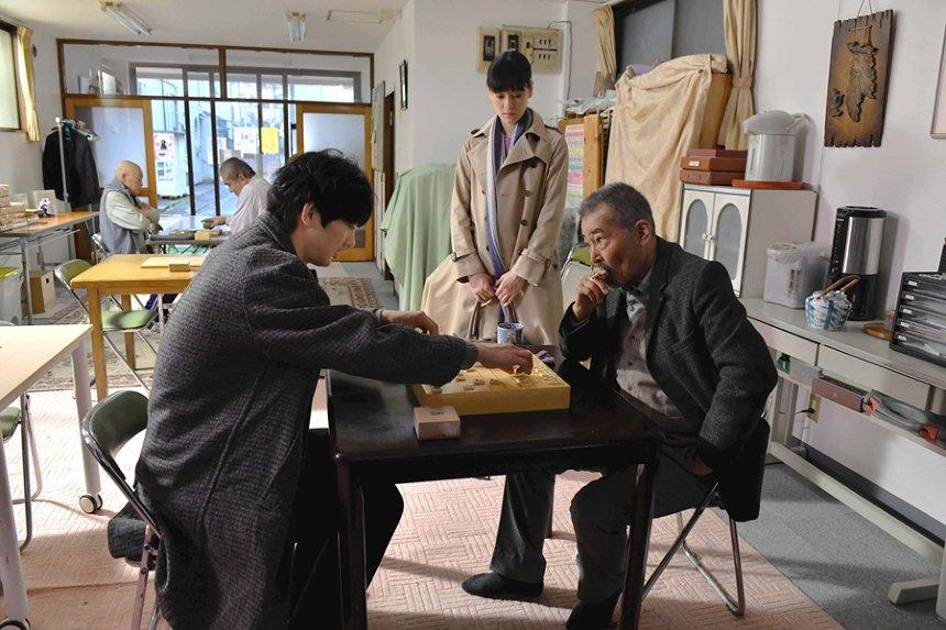 『初恋~お父さん、チビがいなくなりました』©2019 西炯子・小学館/「お父さん、チビがいなくなりました」製作委員会