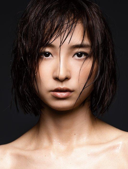 篠田麻里子が再び雪平夏見に 舞台『アンフェアな月』第2弾が6月上演