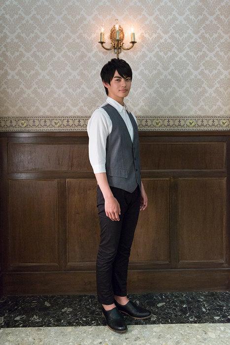 神尾楓珠演じる雪倉峻 ©2019「うちの執事が言うことには」製作委員会