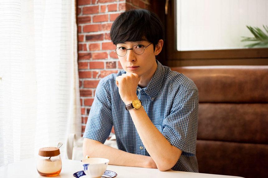 中村聡役の濱正悟 ©「酔うと化け物になる父がつらい」製作委員会