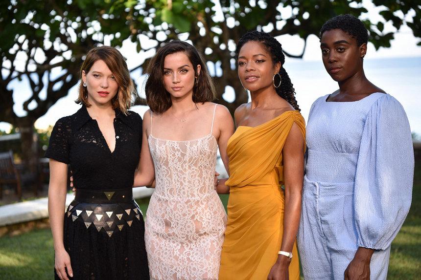 左からレア・セドゥ、アナ・デ・アルマス、ナオミ・ハリス、ラッシャーナ・リンチ RUSH PHOTOGRAPHY JA