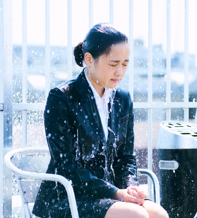 『びしょ濡れ探偵 水野羽衣』 ©「びしょ濡れ探偵 水野羽衣」製作委員会」