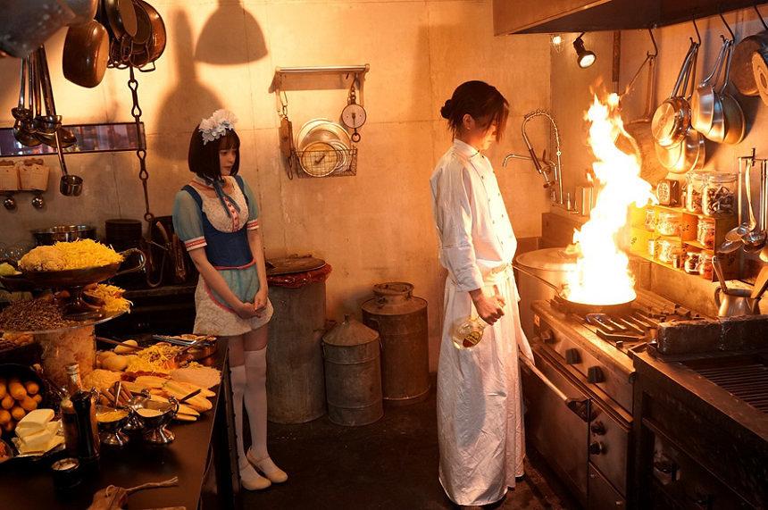 『Diner ダイナー』 ©2019 蜷川実花/映画「Diner ダイナー」製作委員会