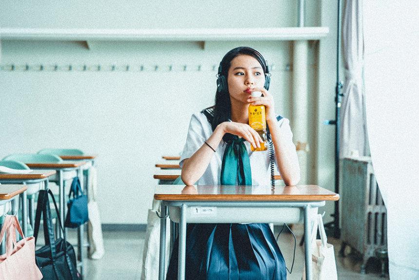 キリン「午後の紅茶」新テレビCM「わたしらしいって、最強だ。夏」篇より