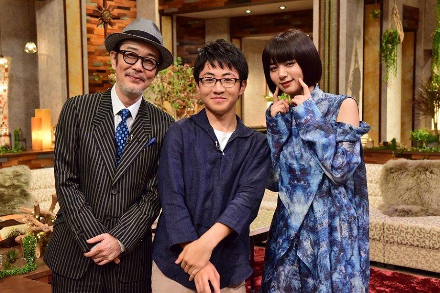左からリリー・フランキー、崎山蒼志、池田エライザ