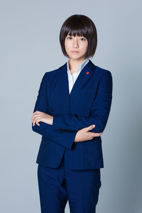 如月塔子役を演じる木村文乃