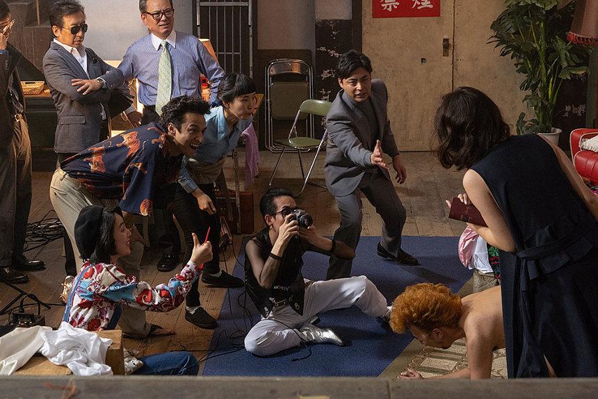 Netflix『全裸監督』に麿赤兒、真魚、西岡徳馬、矢部太郎ら