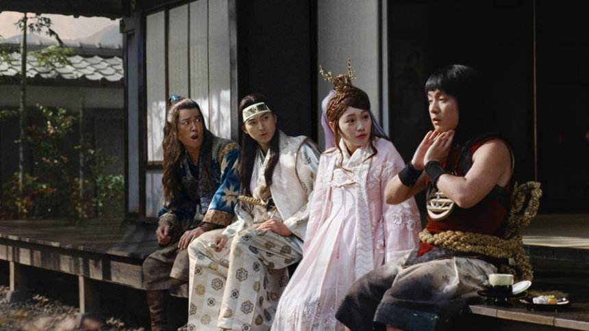 au「三太郎」シリーズ新テレビCM「あたらしい愛の形」篇より
