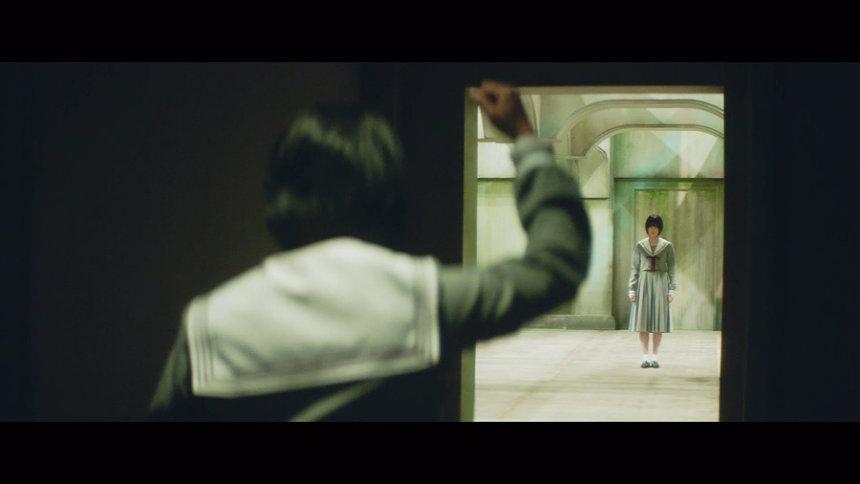 """平手友梨奈""""角を曲がる""""PVより"""