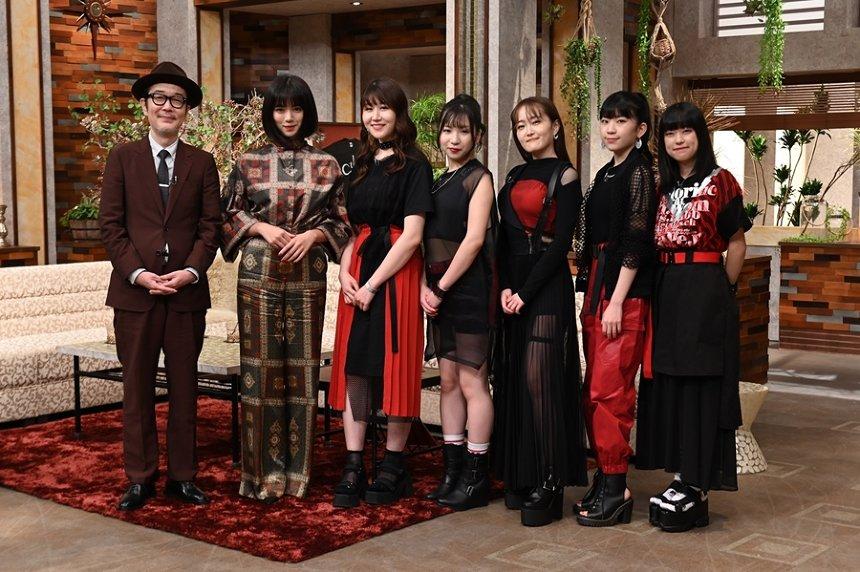 左からリリー・フランキー、池田エライザ、Little Glee Monster