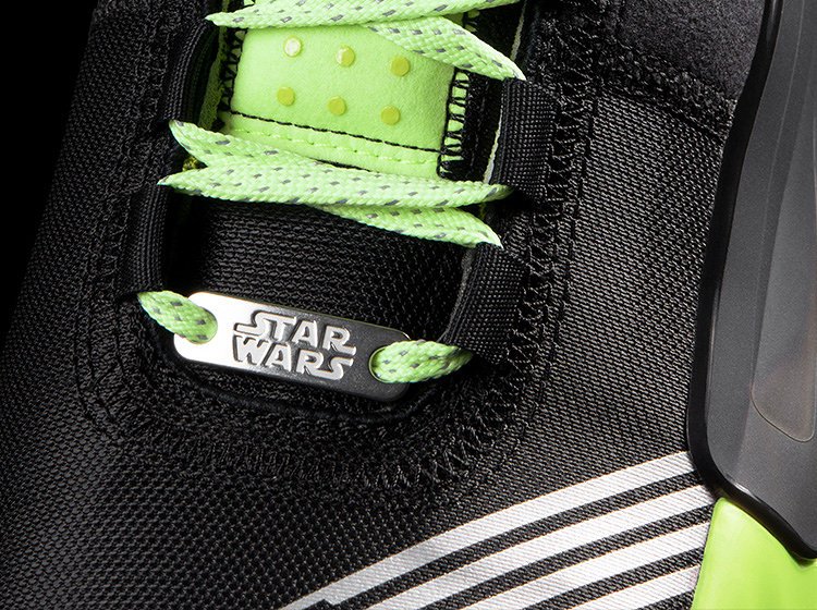 「DAME 5 STAR WARS:LIGHTSABER GREEN」 ©&TM Lucasfilm Ltd. ©2019 adidas Japan K.K. adidas, the 3-Bars logo and the 3-Stripes mark are trademarks of adidas.
