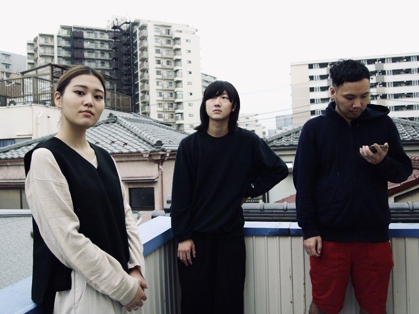 左からたなかかなめ 、大西晃生 、カワムラシュウイチ