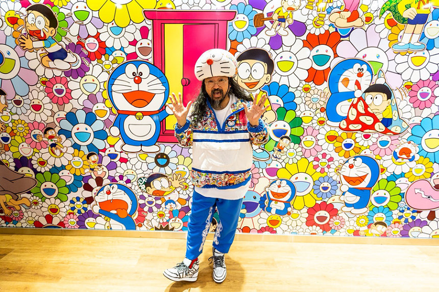 Takashi Murakami at Uniqlo's store in New York City.Photo: Uniqlo ©Takashi Murakami/Kaikai Kiki Co., Ltd. All Rights Reserved. ©Fujiko-Pro