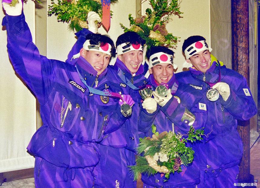 1998年長野オリンピック テストジャンパー集合写真(毎日新聞社提供)