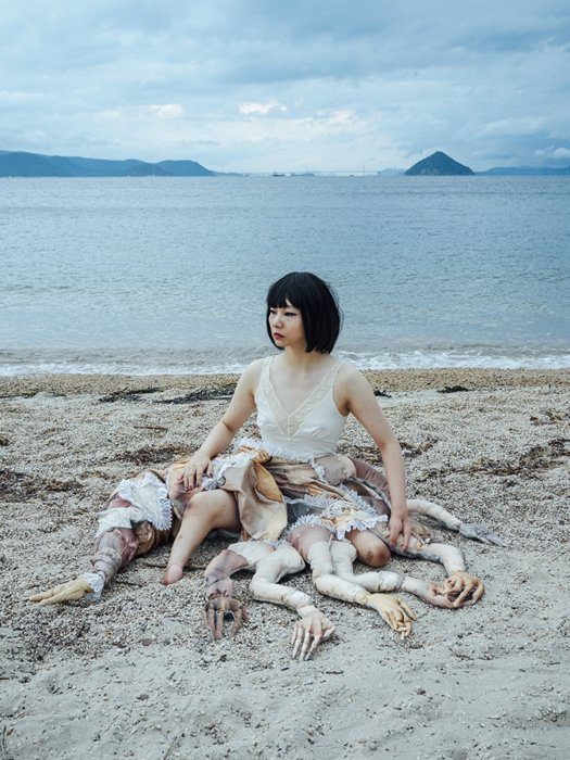 bystander #016, 2016 © Mari Katayama Courtesy of rin art association