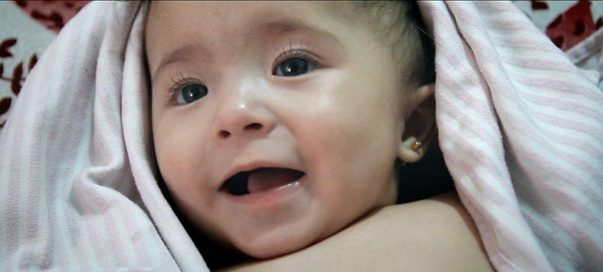 『娘は戦場で生まれた』 ©Channel 4 Television Corporation MMXIX