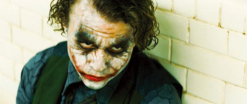 『ダークナイト』 ©2008 Warner Bros. Entertainment Inc. All rights reserved.
