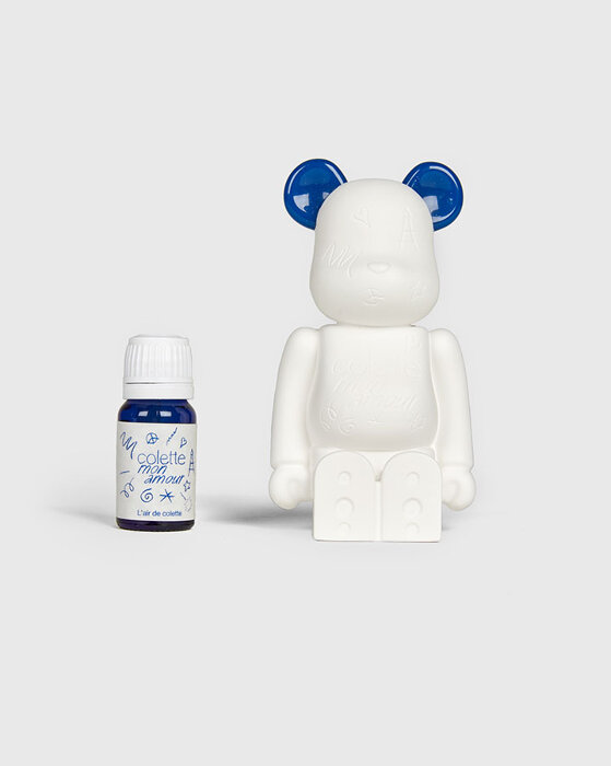 BE@RBRICK AROMA ORNAMENT Colette mon amour No.2G ¥14,800 AROMA ORNAMENT © LIBRARY DESIGN.inc All rights reserved. BE@RBRICK TM & © 2001-2020 MEDICOM TOY CORPORATION. All rights reserved.