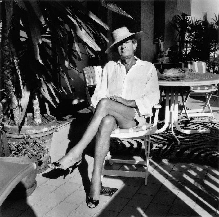 Helmut at home, Monte Carlo, 1987 ©Foto Alice Springs, Helmut Newton Estate Courtesy Helmut Newton Foundatio