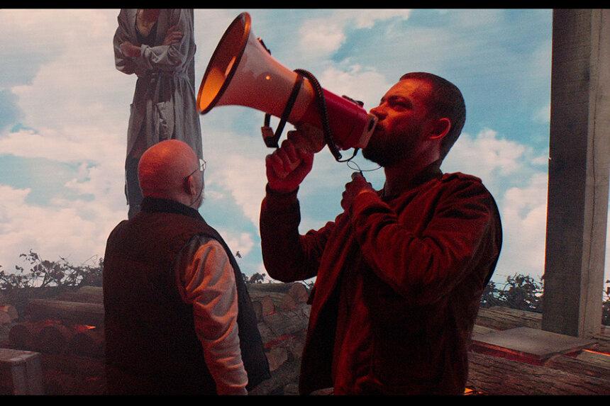 『ルクス・エテルナ 永遠の光』 ©2020 SAINT LAURENT-VIXENS-LES CINEMAS DE LA ZONE