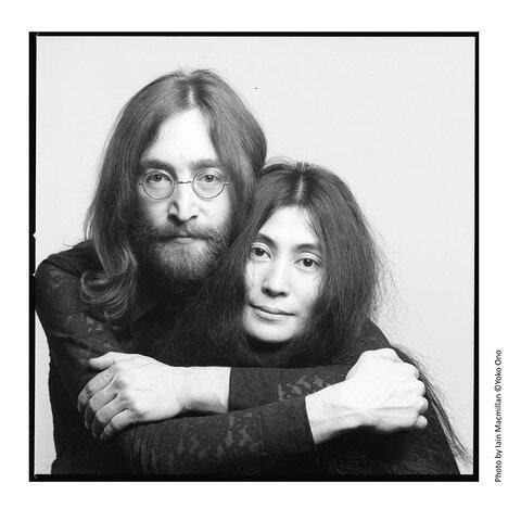 『DOUBLE FANTASY - John & Yoko』ビジュアル Photo by Iain Macmillan ©Yoko Ono