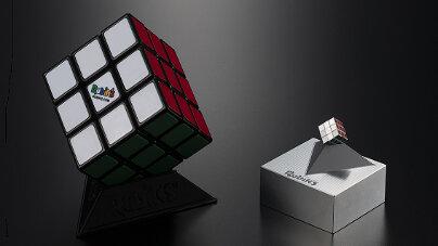 メガハウス『ハンガリー国章刻印入り特別バージョン極小ルービックキューブ』