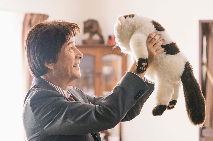 『おじさまと猫』 ©「おじさまと猫」製作委員会