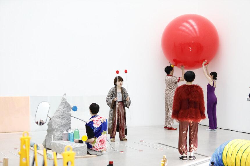 『消しゴム森』(撮影:木奥惠三 写真提供:金沢21世紀美術館)