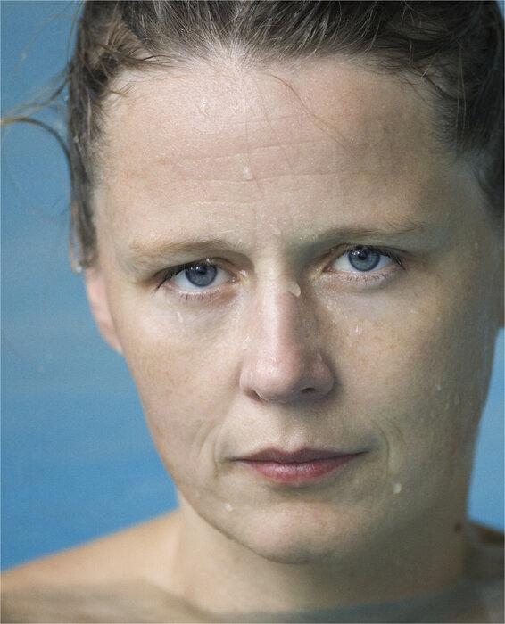 ロニ・ホーン『あなたは天気 パート2』(部分)2010-2011年 66点のカラー印刷、34点の白黒印刷 Courtesy of the artist and Hauser & Wirth © Roni Horn