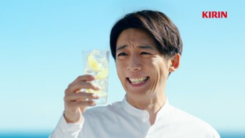 キリンビール「氷結」新テレビCMより