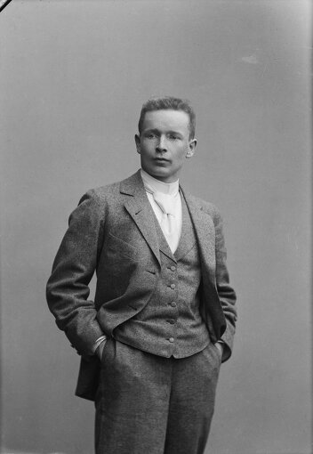 建築家エリエル・サーリネンの肖像写真 Photo: Daniel Nyblin/ Finnish Heritage Agency, 1897