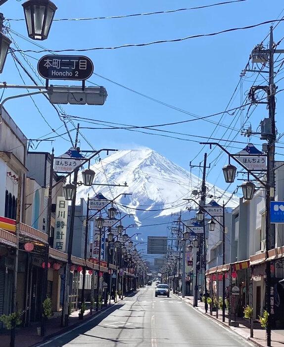 富士吉田市本町通り商店街