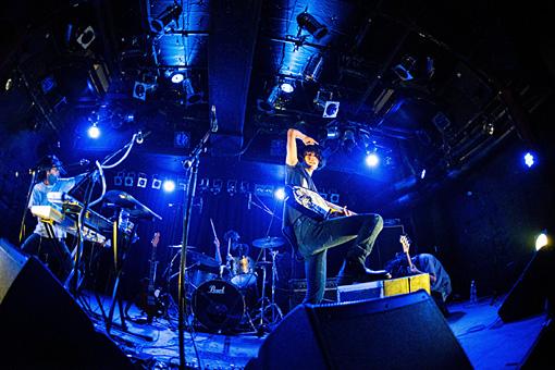撮影:ヨシダユキ