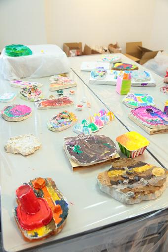 ワークショップを通してできあがった色とりどりの作品たち Photo:Yukiko Koshima