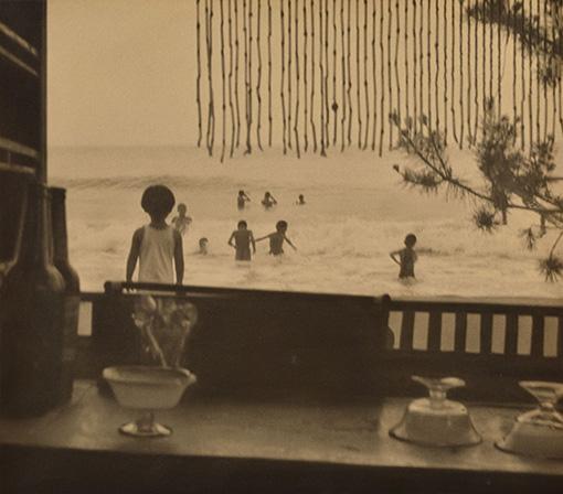『浴場小景』1925(大正14)年 島根県立美術館蔵