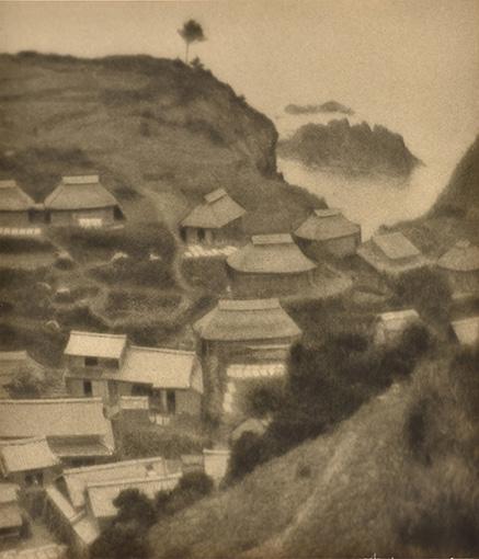 『村の鳥瞰』1925(大正14)年 島根県立美術館蔵