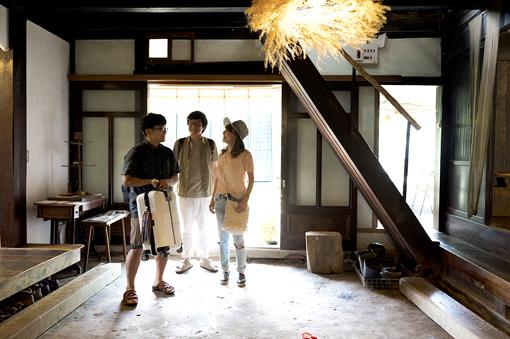 左から:さかいゆう、松室政哉、杏子