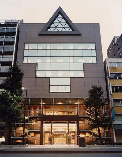国立映画アーカイブ外観(現在の東京国立近代美術館フィルムセンター)