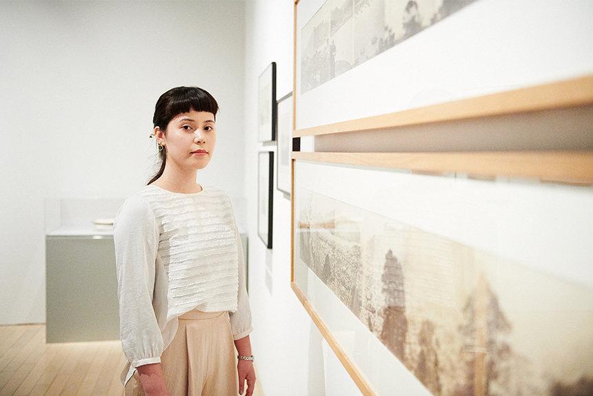 スクリプカリウ落合安奈が、初期写真に隠された歴史の事実を探る