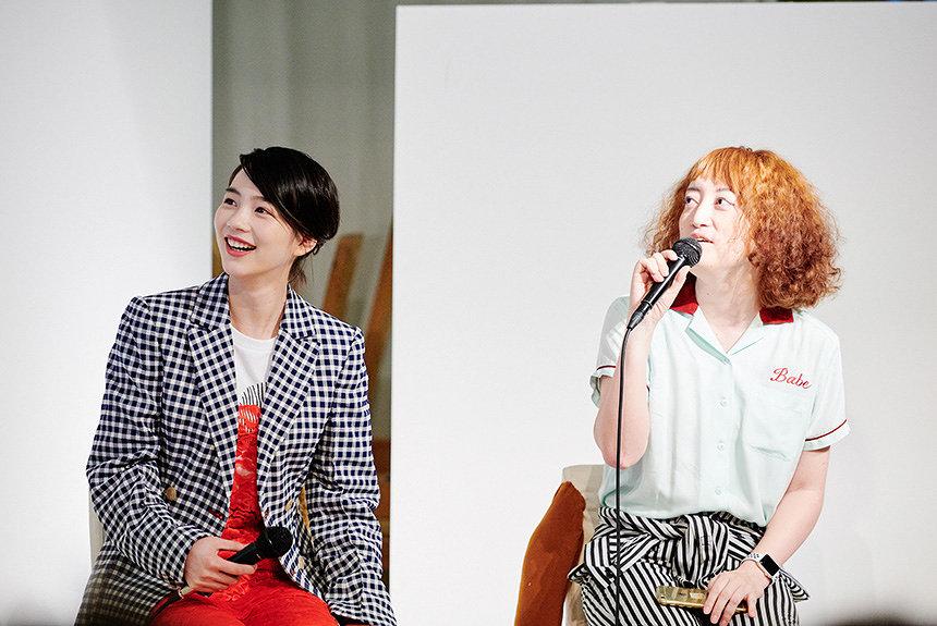 のん×能町みね子のトークショーと展示で振り返る『SNS展』